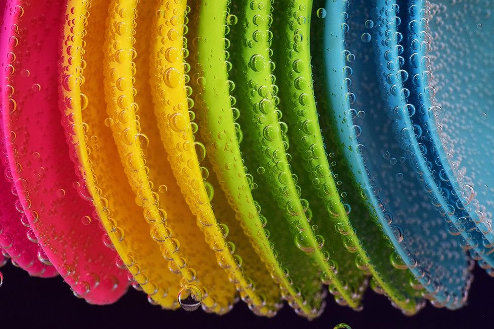 plastic-2483784.jpg