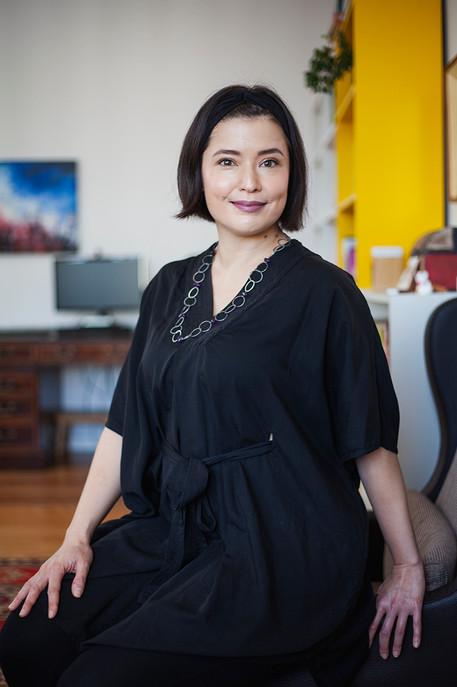 YUKI HAYASHI communication consultant CSR corporate social responcibility