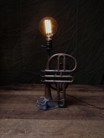 法國小喇叭改製燈