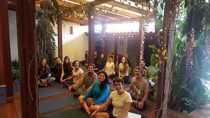 Formação-em-Yoga