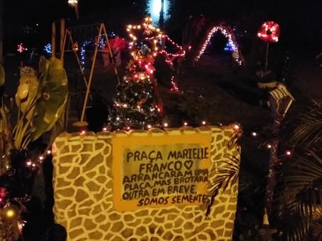 Os encantamentos do natal na Praça Marielle Franco em Ipiabas: um esperançar nas dores da pandemia