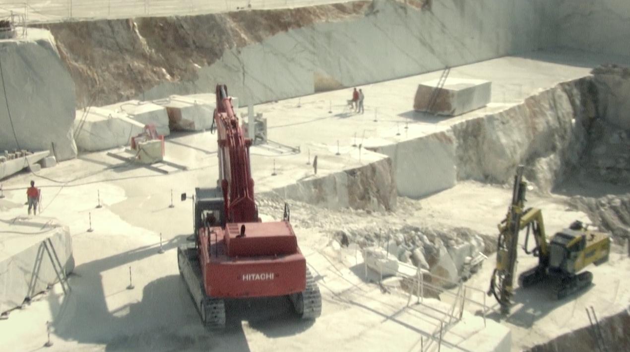 Carrara-White-Marble-Quarry