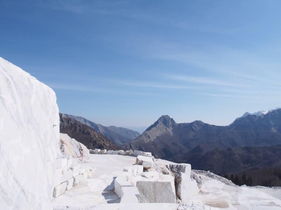 Corchia-Arabescato-Quarry