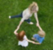 Bailando en la hierba