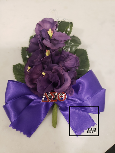 African Violet with Removable Pin