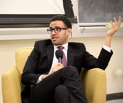 Picture of Mohamed Soltan on a speaking tour in Univeristy of California