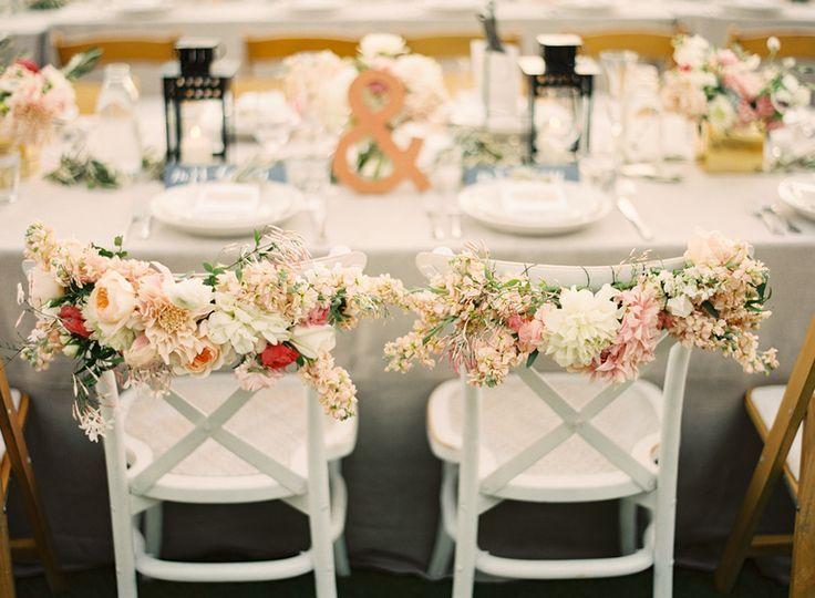 decor chaises fleurs.jpg