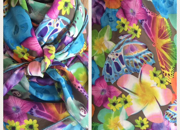 MULTICOLOR FLORAL WITH BUTTERFLIES