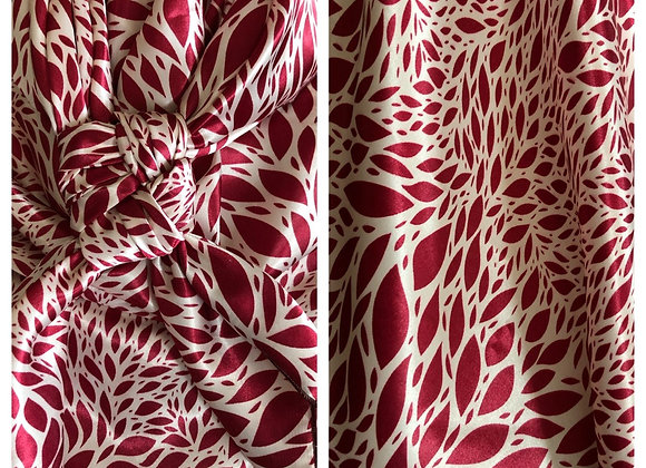 MAROON WITH CREAM PETALS ABSTRACT PRINT