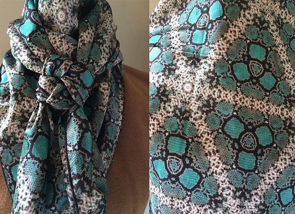 SNAKE TEAL GEOMETRIC ANIMAL PRINT