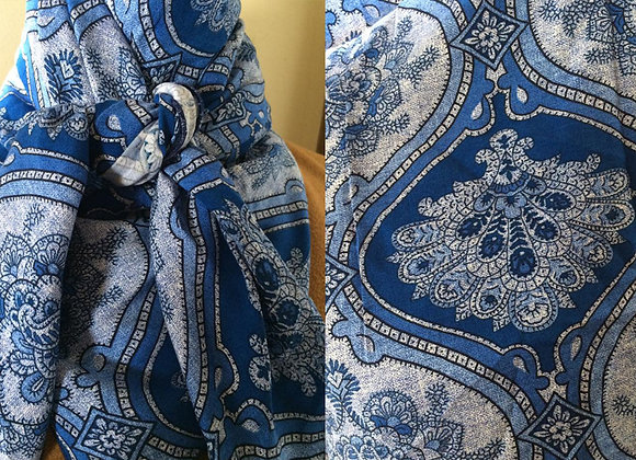 VARIOUS BLUES PAISLEY PRINT