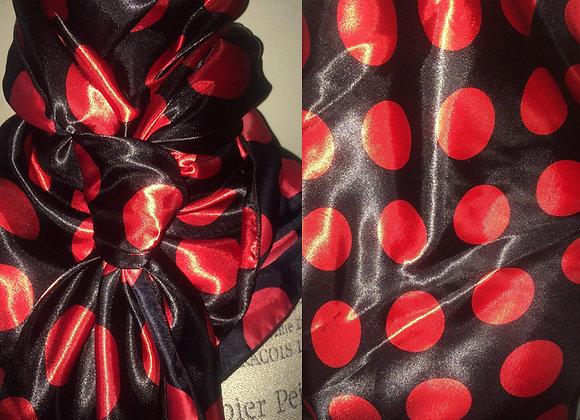 BLACK AND RED POLKA DOT PRINT
