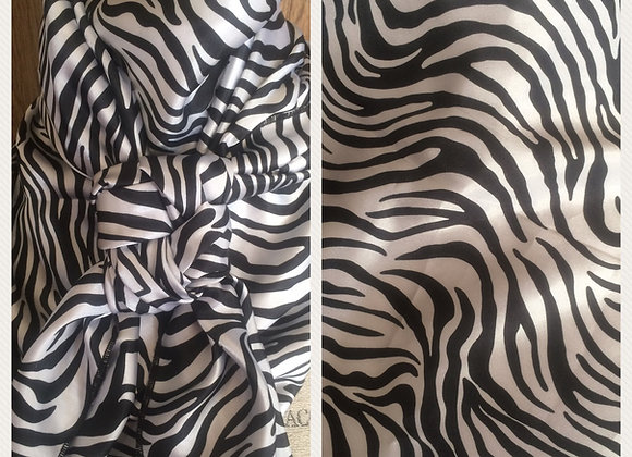 BLACK AND WHITE ZEBRA PRINT