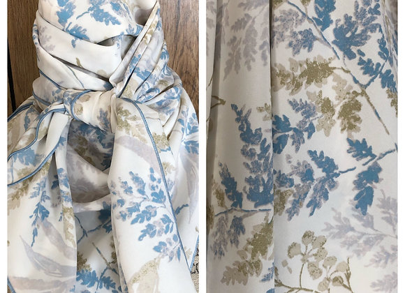 WHITE WITH DENIM BLUE LEAVES PRINT