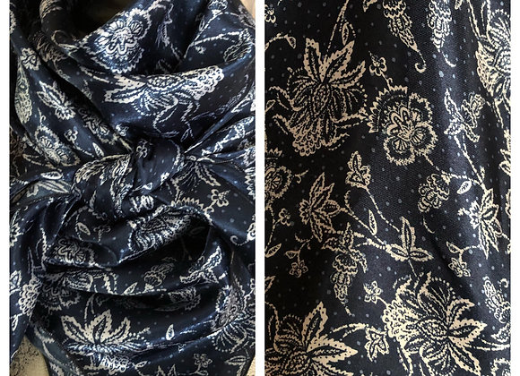 NAVY BLUE WITH WHITE FLORAL PRINT