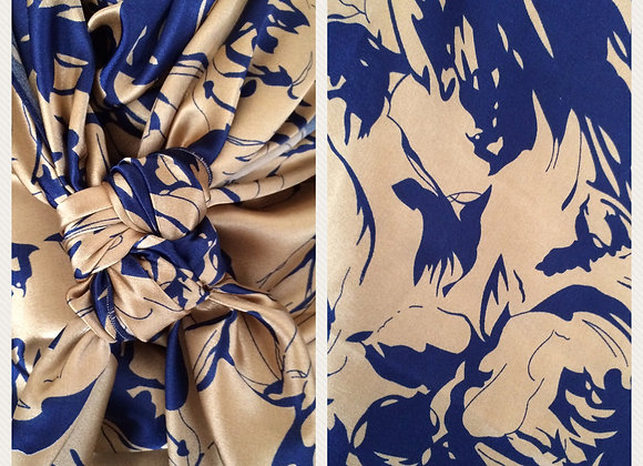 NAVY AND TAN ABSTRACT SPLOTCHES