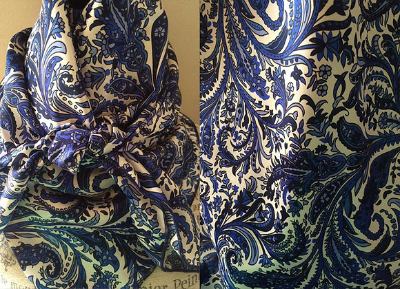 VARIOUS BLUES AND WHITES PAISLEY PRINT