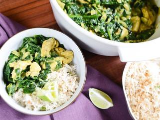 Curry de poulet, épinards et coco