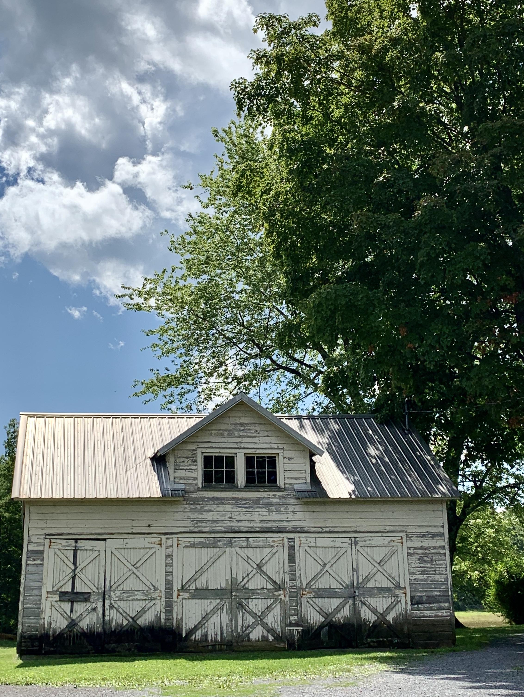 Regnier-White Barn