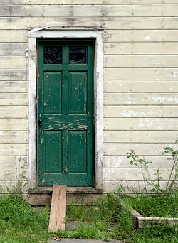 Regnier-Green Door