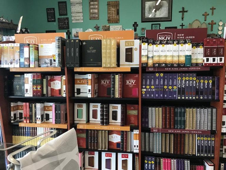 display bibles.jpg