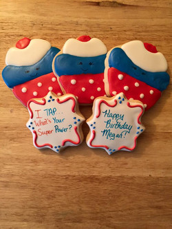 cupcakes and plaques