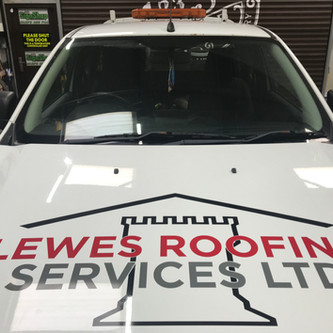 3 Colour Graphics fitted to Lewes Roofing Pickup
