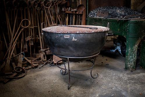 Cauldron fire pit/grill