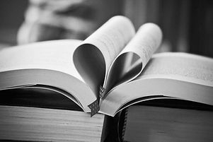 books-3946080_1920_edited.jpg