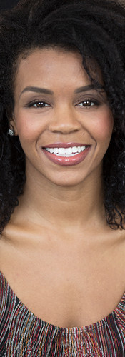Brandie Hodges Headshot acting  .jpg