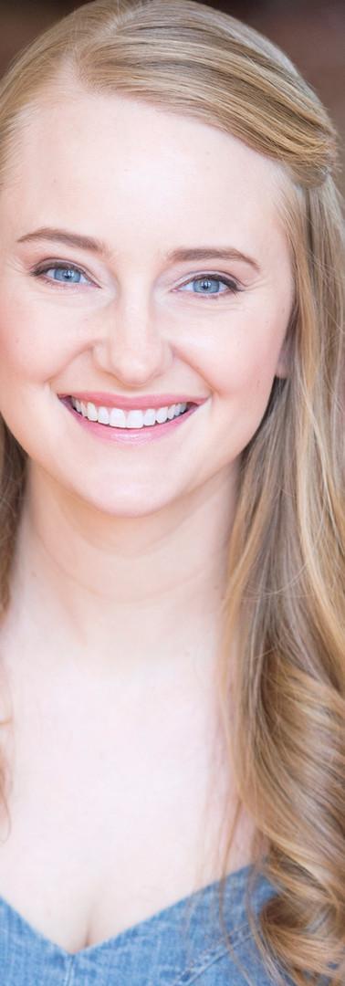 Kristen McCabe Headshot (1)_edited.jpg