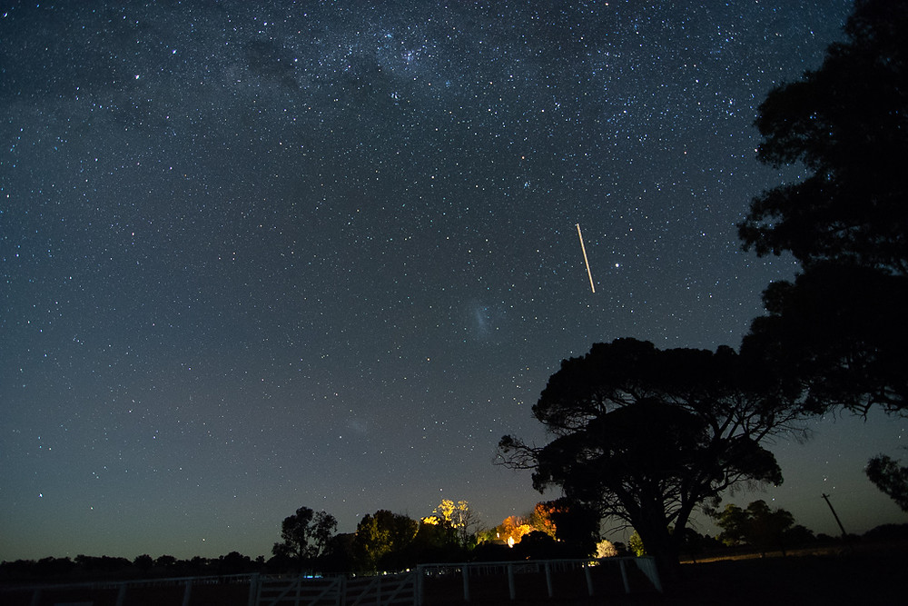 Yeoval, NSW. (11mm, f/2.8, 20 sec, ISO 3200)