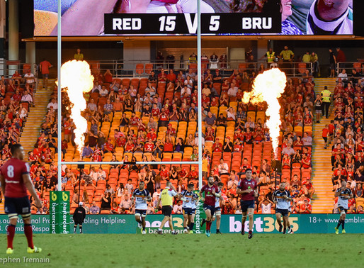 Reds turn up the heat on the Brumbies