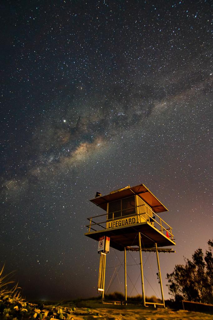Currumbin Beach Milky Way (16mm, f/2.8, 15 sec, ISO1250)
