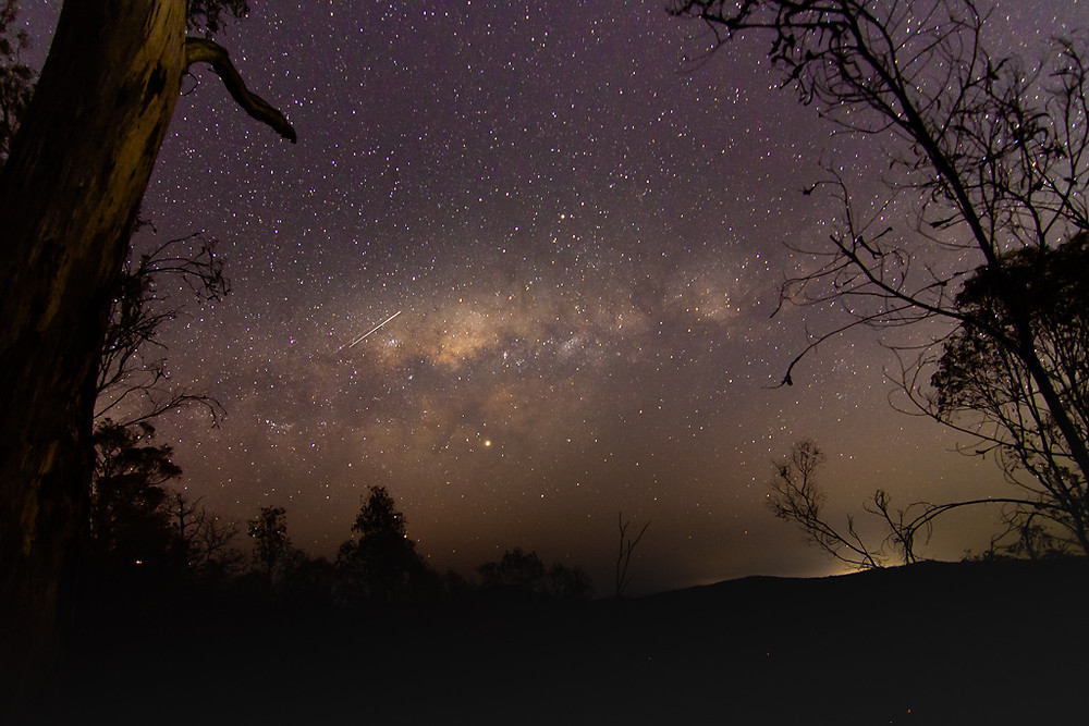 Canungra (ISO 1000, 11mm, f/3.2, 30 sec)