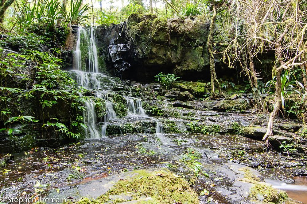 Poojabinya Falls