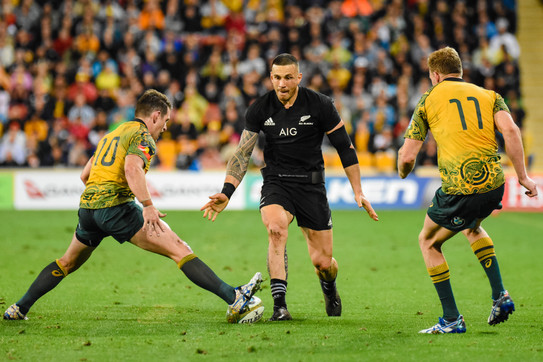 Sonny Bill Williams kicks ahead