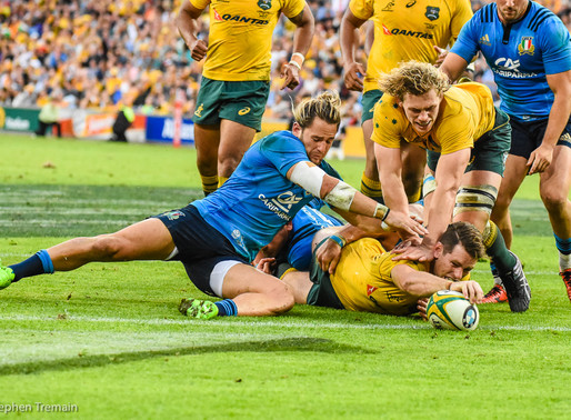 Wallabies leave it late to put away Italy