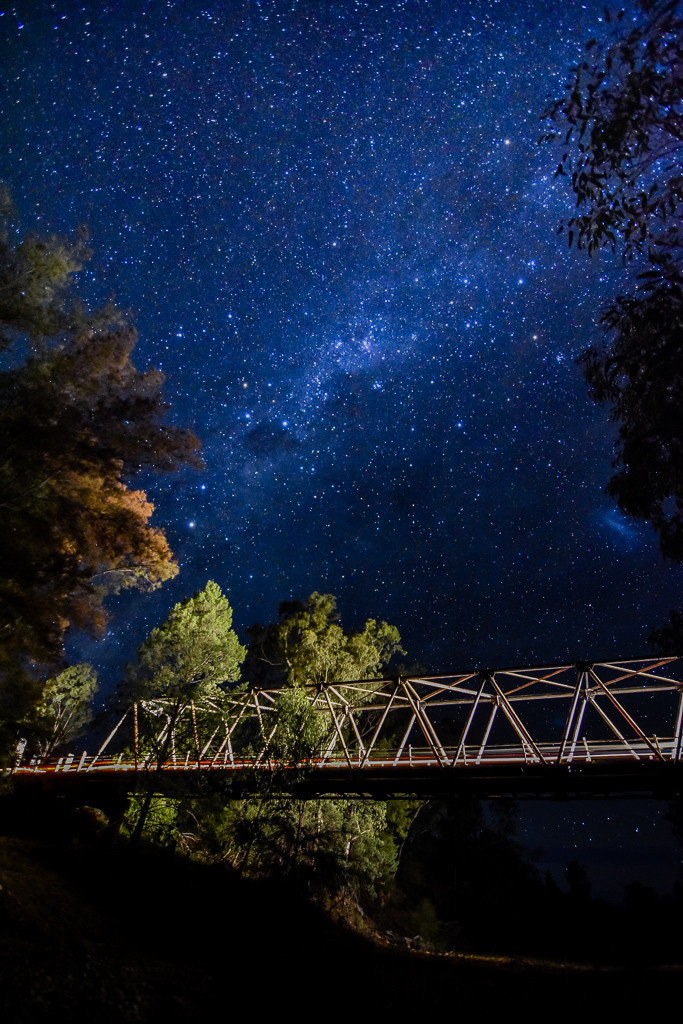 Milky Way + Bridge (11mm, f/2.8, 20 sec, ISO 1600)
