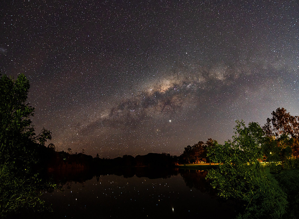 Currumbin Valley (16mm, f/2.8, 15 sec, ISO 1250, 2 shot panorama)