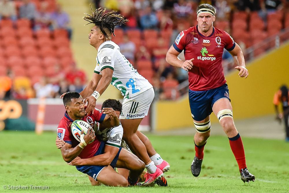 Aidan Toua tackled by Johnny Fa'auli