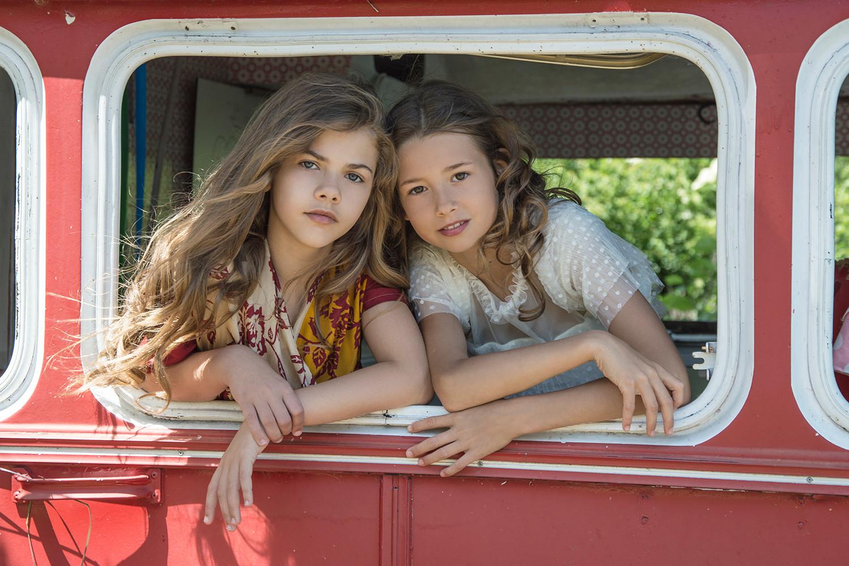 Ella & Mila