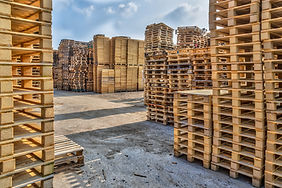 huge-piles-of-different-type-of-pallet-P