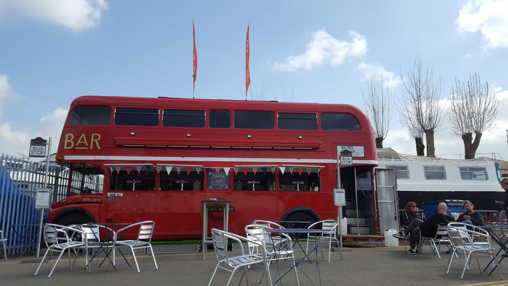 BIG  RED BUS BAR.jpg