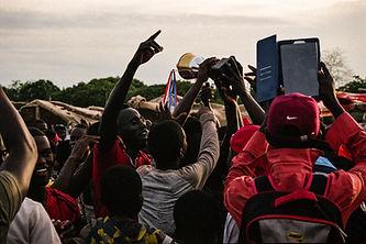Éxtasis colectivo (Gambia) - Ángel Álvar