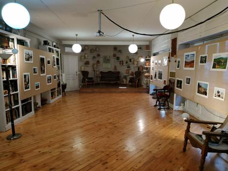 Vista de la exposición preinauguración en el Gabinete de Historia Natural de Madrid