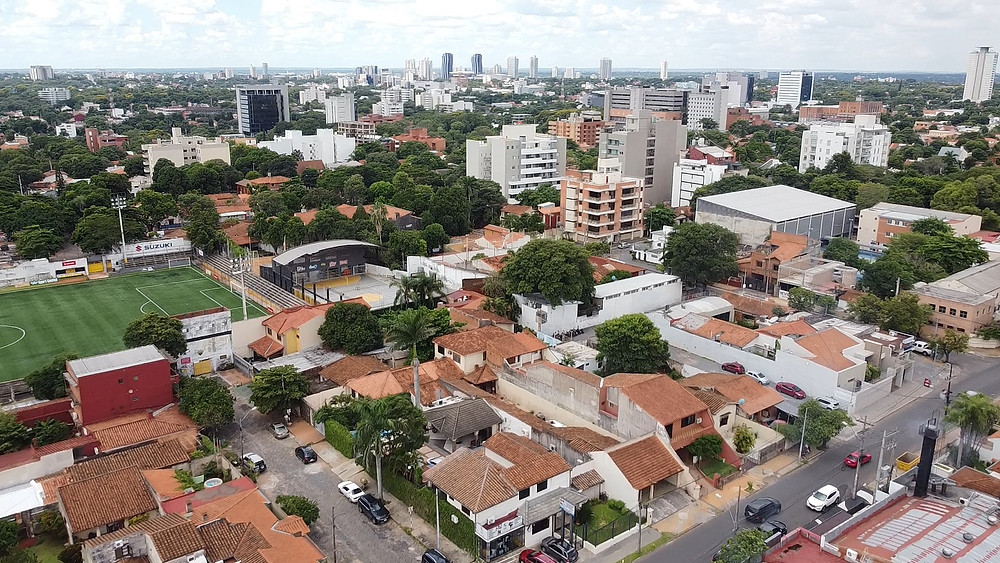 Vistas del norte de Asunción desde el barrio de la Recoleta. Autor: Ángel Álvarez de Lara.