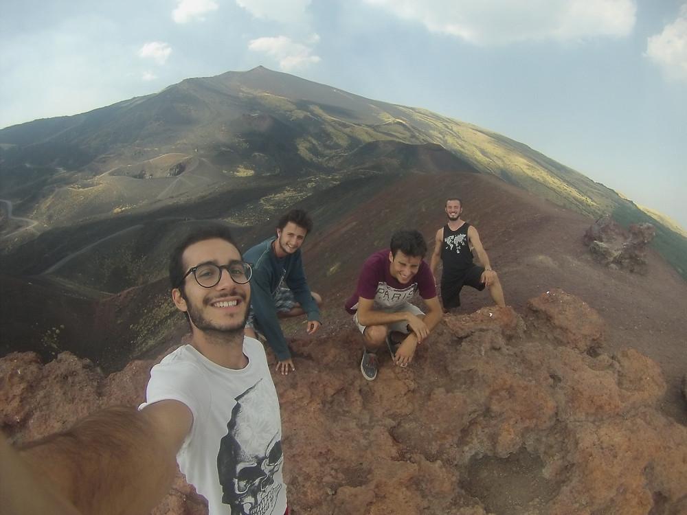 Massimo, Tirso, Edoardo y David en el volcán Etna