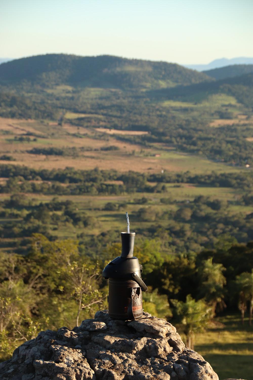 El termo y su guampa son dos de los objetos más reconocibles de la cultura paraguaya. Autor: Ángel Álvarez de Lara
