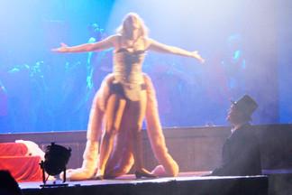 19 Moulin Rouge 24.jpg